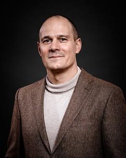 Dr. Stefan Shaw